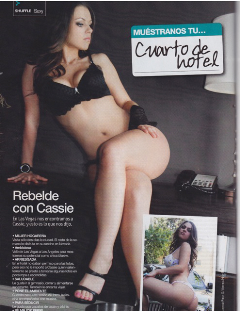 cassie-weaver-on-the-magazine-modeling-1